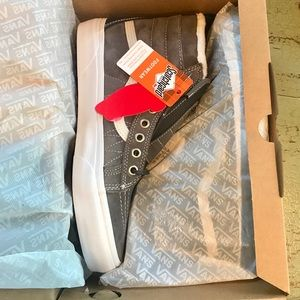 NWT insulated vans